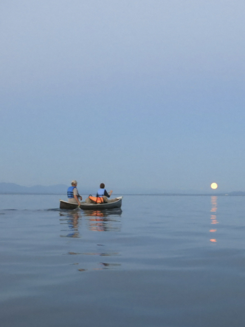 Moonrise paddling with our amazing hosts John and Elaine (and their dog, Frodo)
